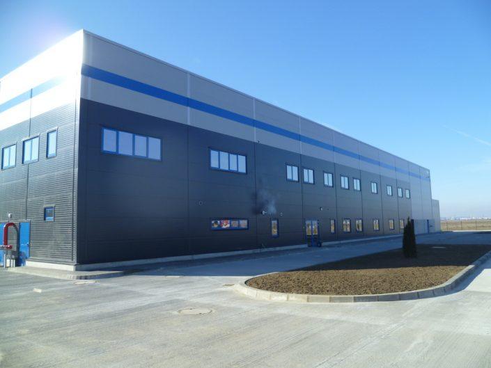 WDP Industrial Park, Aricestii Rahtivani